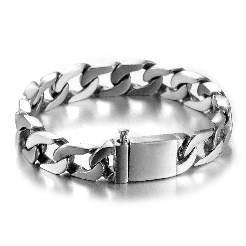 Baz Curb Chain Buckle Bracelet