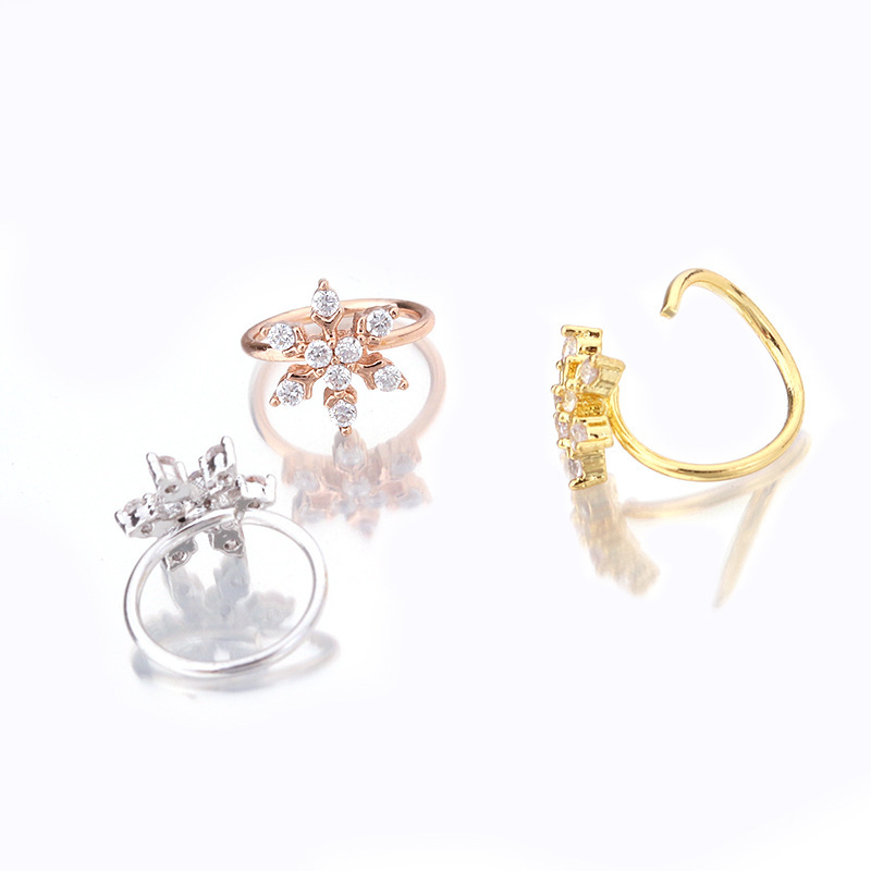 Mini Snowflake with Crystals Tragus Ear Piercing