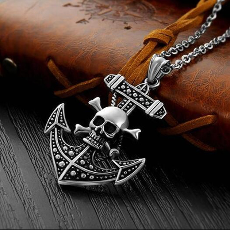 Skilfully Made Skull Anchor Pendant Necklace for Ancient Pirate Costume Ensembles