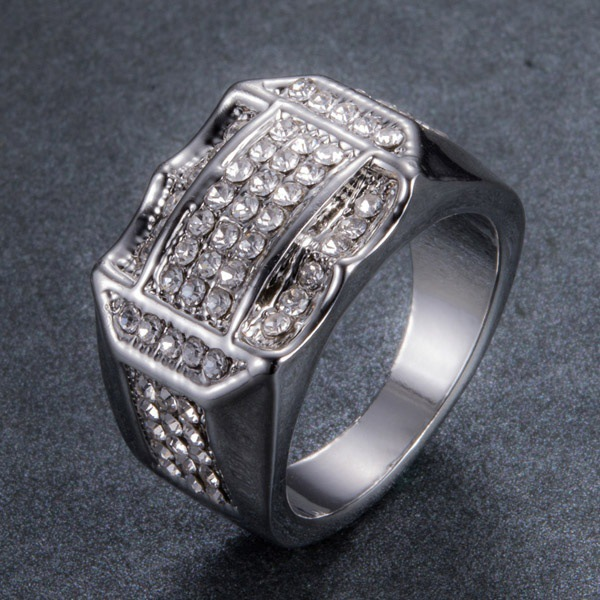 Glimmering Crystal Embedded Ring for Fancy Night Parties