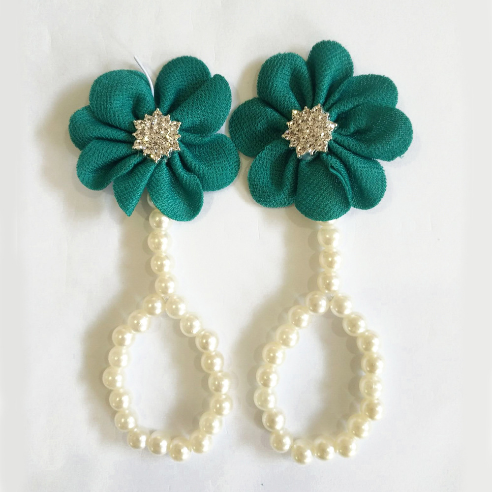 Enchanting Buttercup Flower Beaded Anklets for Adorable Fashions