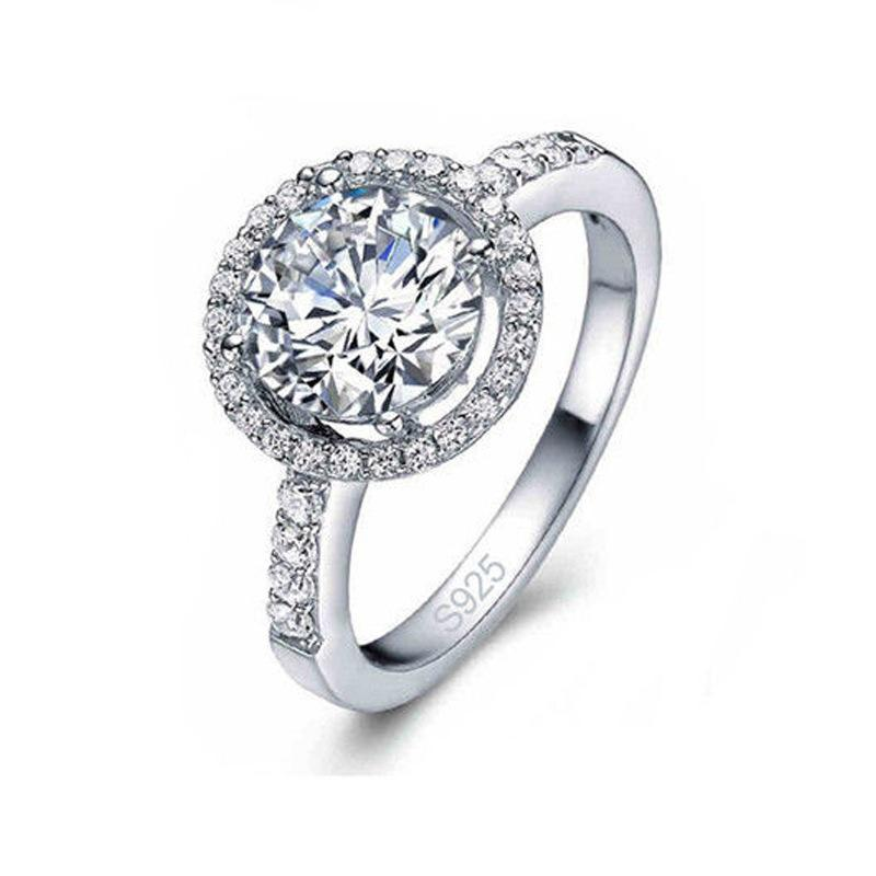 Haya Round Crystal Ring