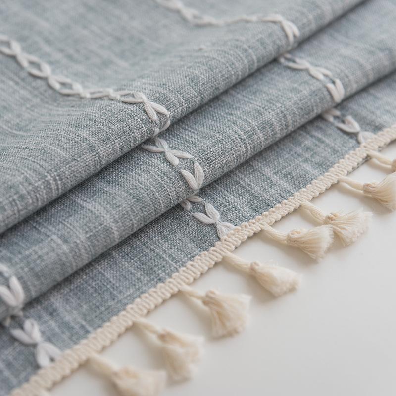 Tri-Stripe Fringed Tablecloth