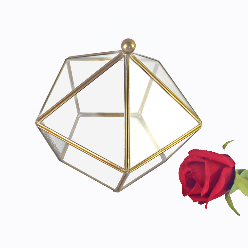 Posh Geometric Jewelry Box for Sorting Out Your Accessories