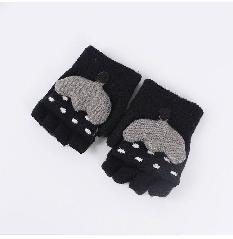 Adorable Shell Printed Gloves for Autumn Season