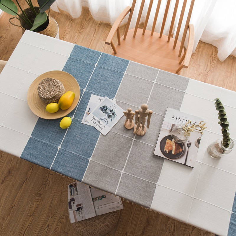 Rectangular Square Pattern Tablecloth for Dinner Table