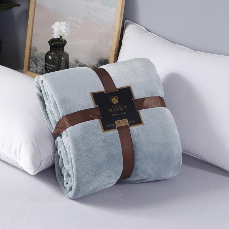 Warm Thick Fleece Blanket for Fancy Wedding Gifts