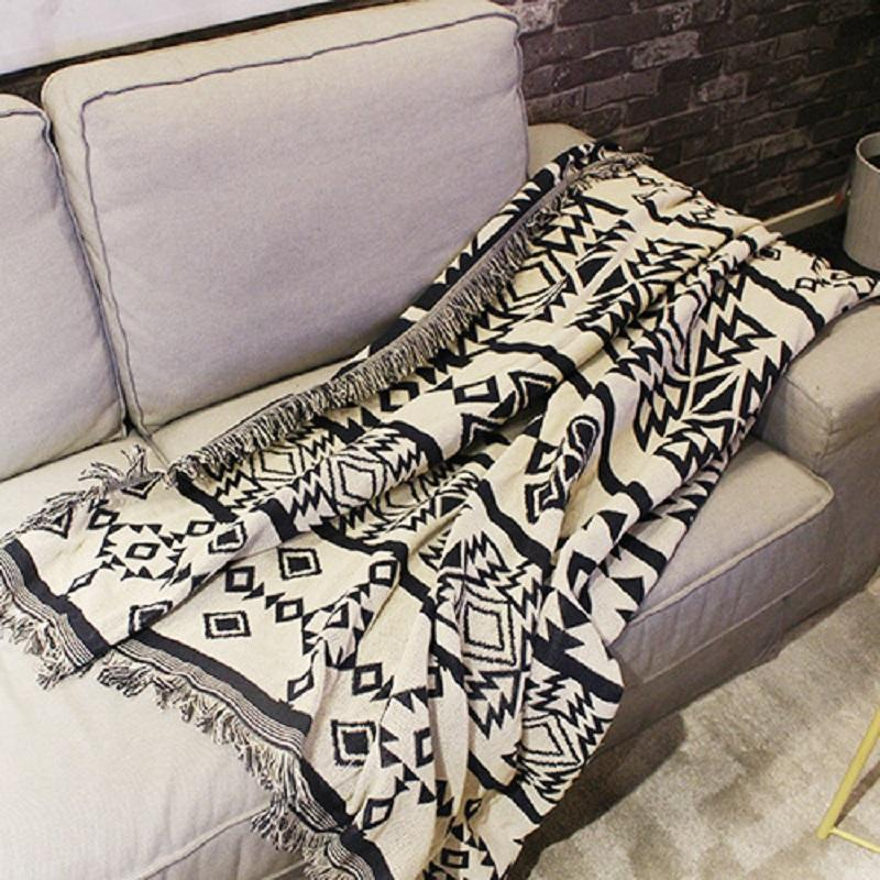 Regular Ethnic Style Throw Blanket