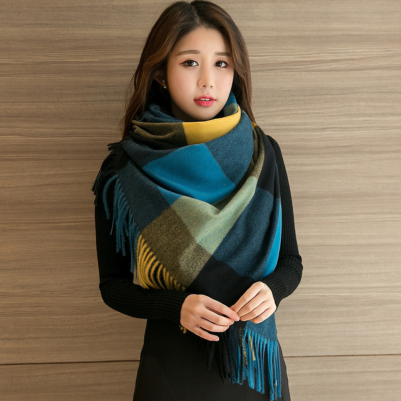 Warm and Lovely Color Plaid Scarf with Tassel for Autumn and Winter Season