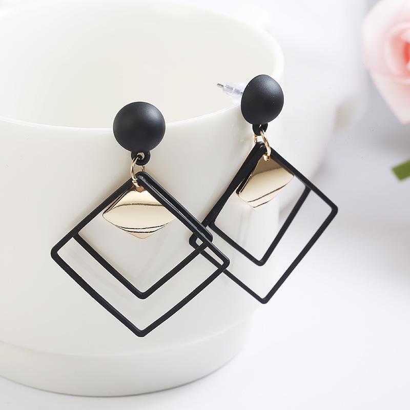 Triple Diamond Shaped Alloy Earrings for Creative Looks