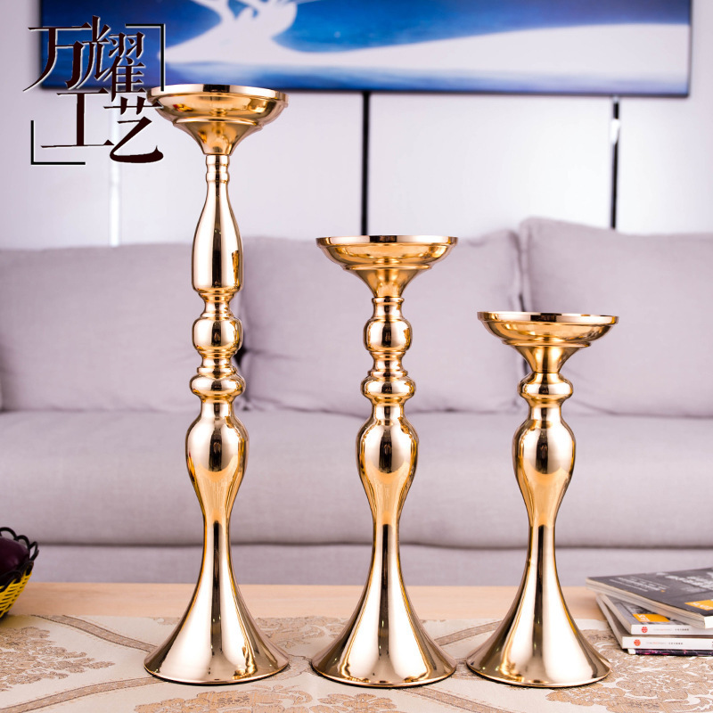 Elevated Nordic Style Candle Holder for Luxurious Dinner Table Decorations