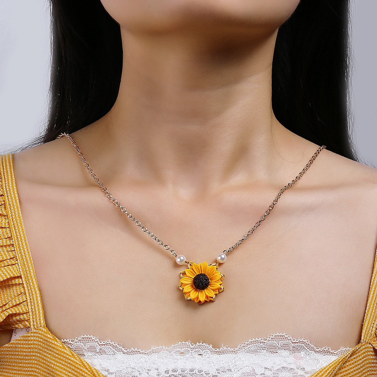 Full Bloom Sunflower Necklace