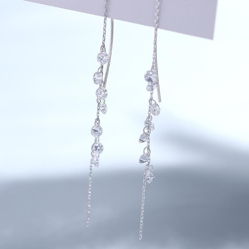 Cellia Long Earrings