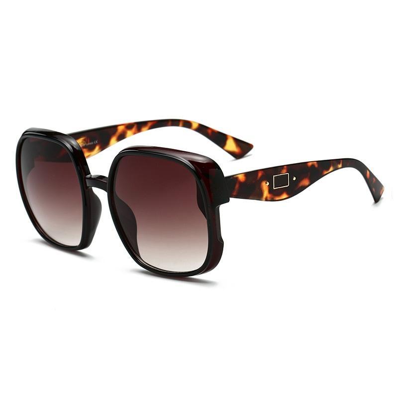 Lisza Square Sunglasses