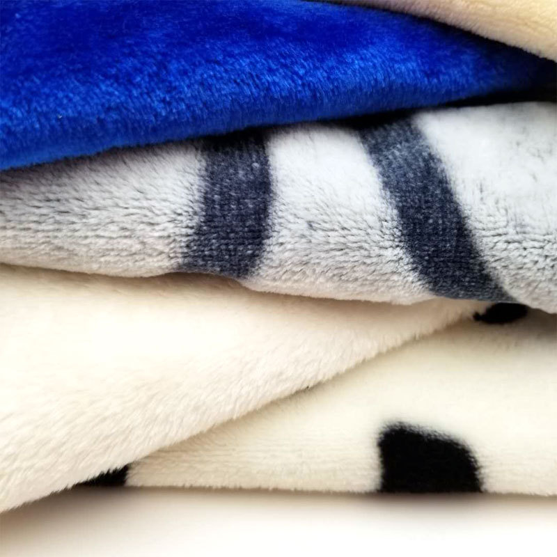 Feathery Soft Printed Blankets for Multipurpose Use