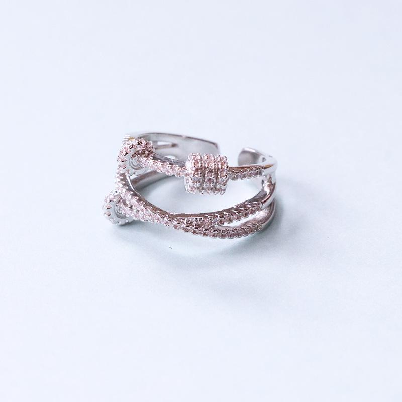 Arlo Crystal Ring