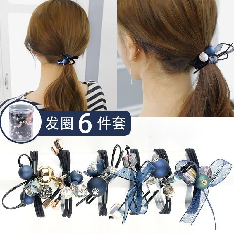 Quintessential Hair Tie for Quick Hair Fastening