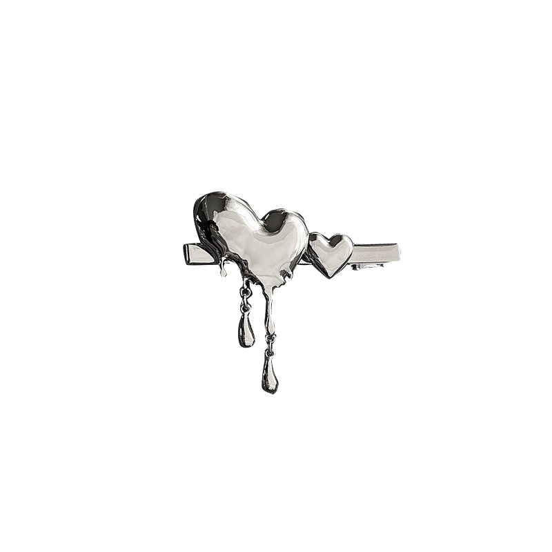 Adorable Metallic Heart-Shaped Hairpin For Cutesy Outfits