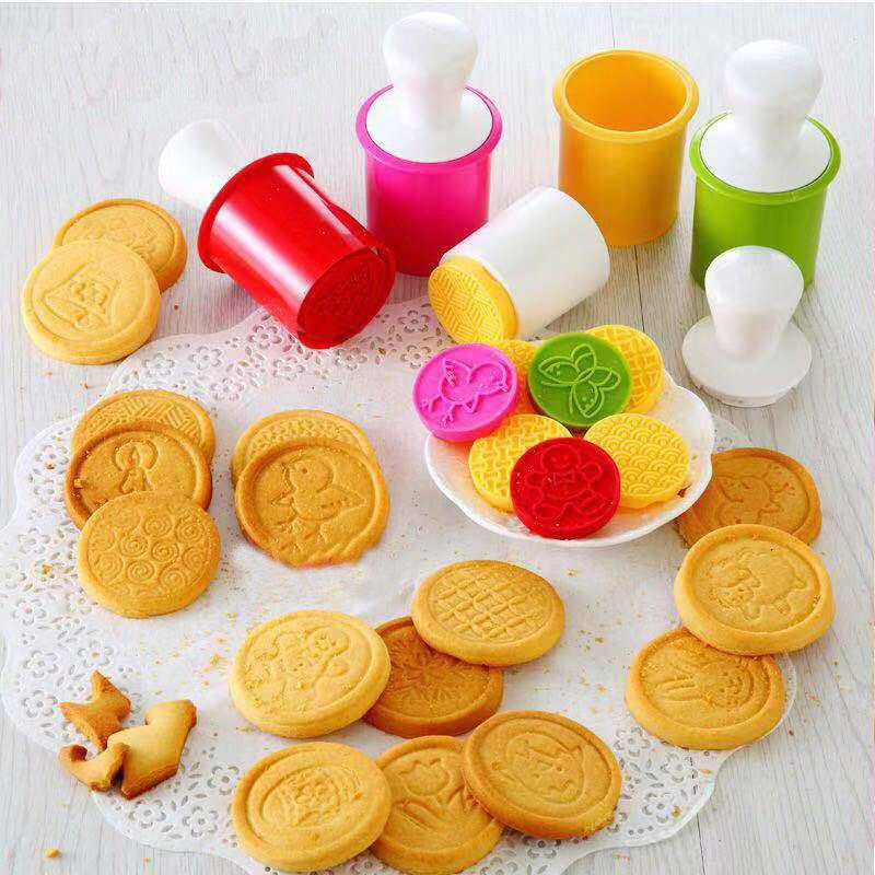 Creative Silicone Cookie Mold for Neighborhood Bake Fair