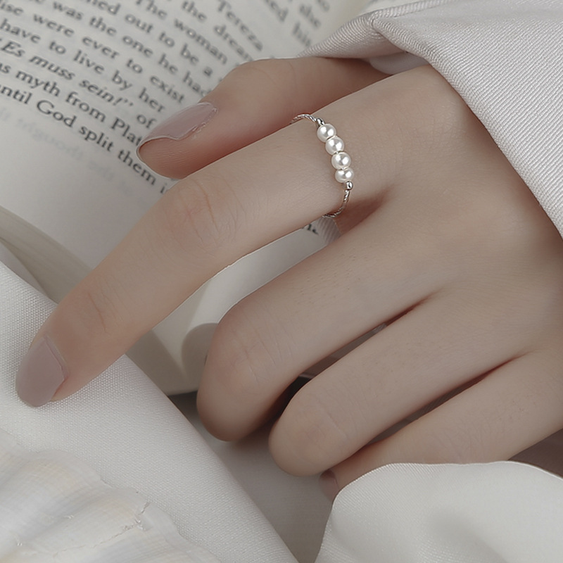Alluring Pearl Silver Rings for Lovely Accessories