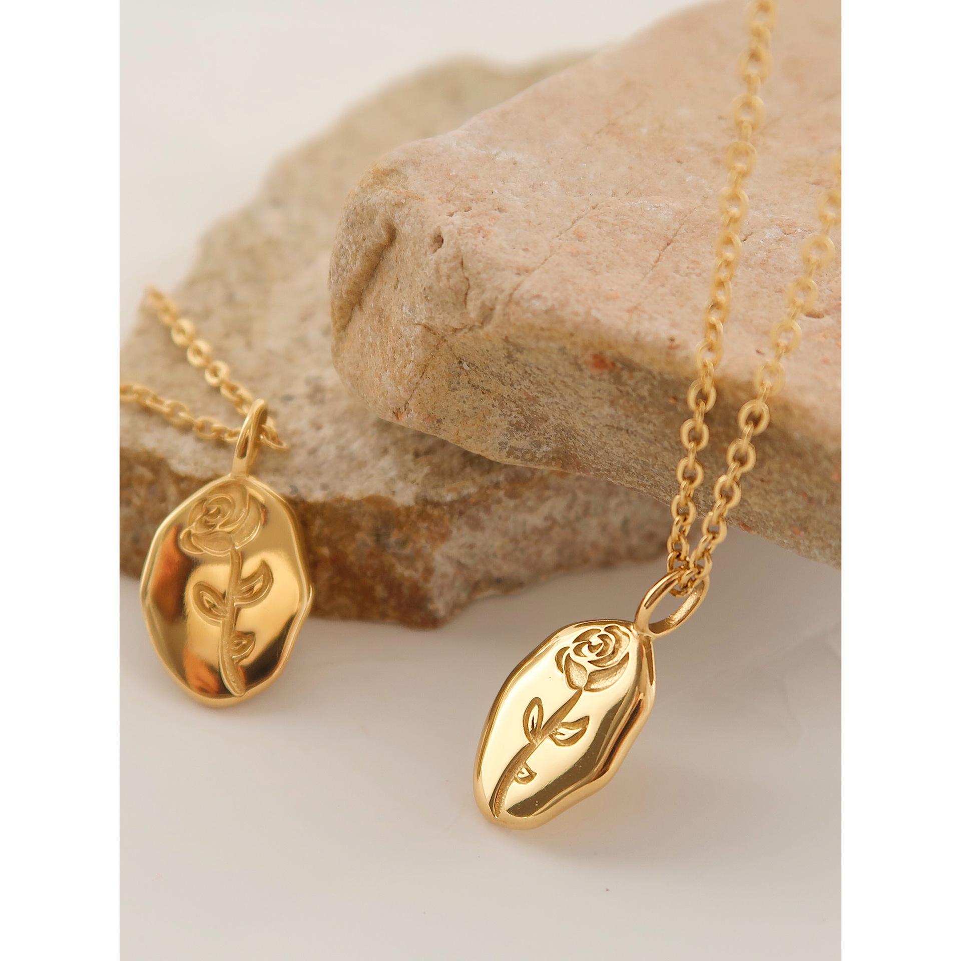 Lavish Titanium Steel Chain Necklace for Posh Fashion Looks