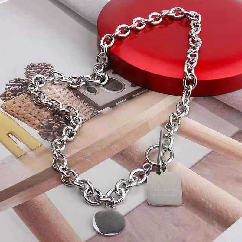 Fine Titanium Steel Round and Rectangular Pendant Chain Necklace for Hip Hop Style