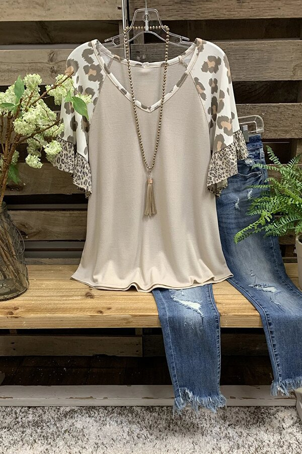 Chic Ruffled Leopard Print Sleeve Blouse for Casual Elegant Looks