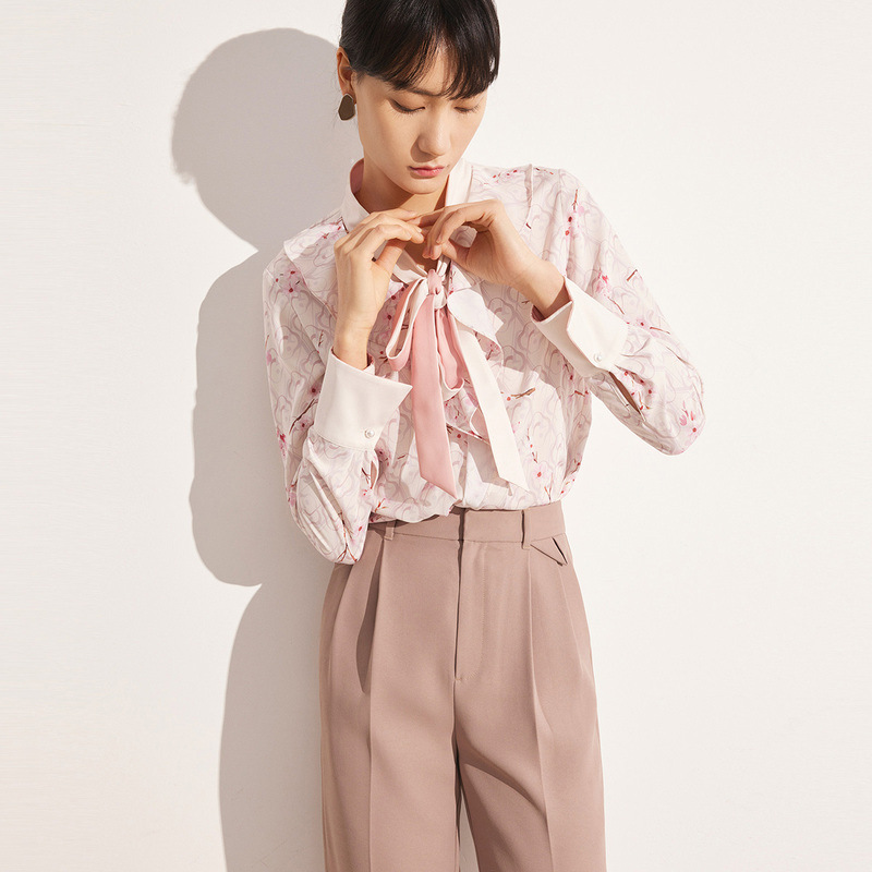 Dainty Floral Ribbon-Tie Neck Long-Sleeved Button-Up for Posh Work Events