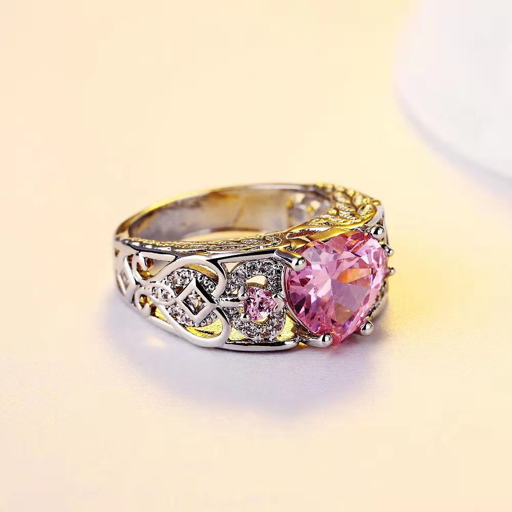 Lovely Heart-Shaped Zircon Ring for Ladies' Jewelry Wear