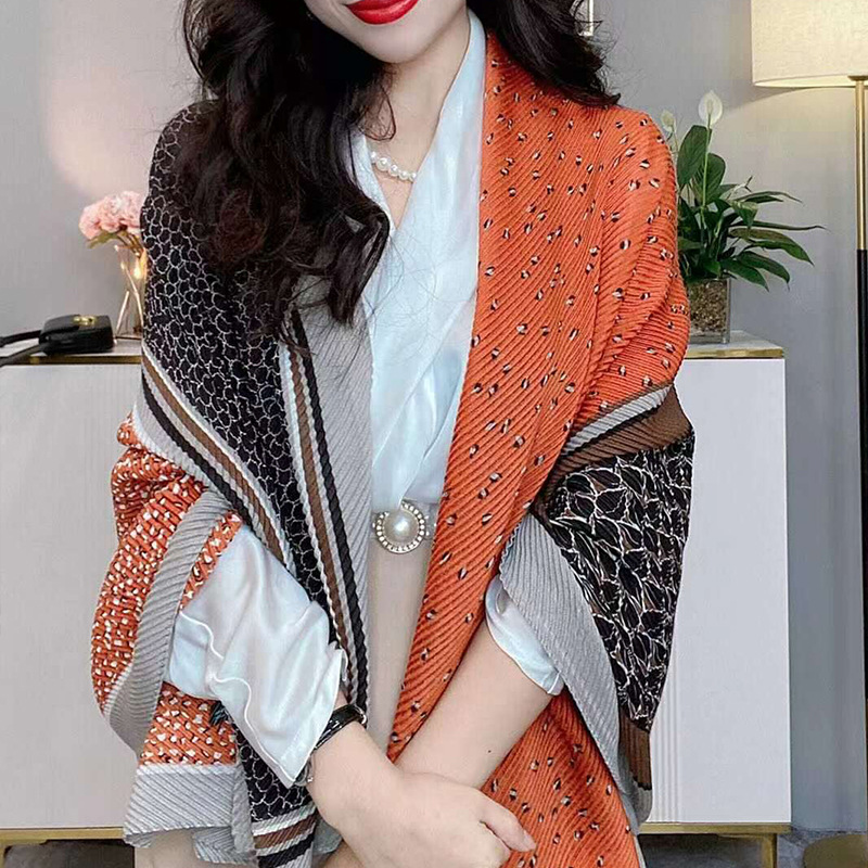 Tri-Colored Long Cotton and Linen Scarf for Autumn Fashion Accents