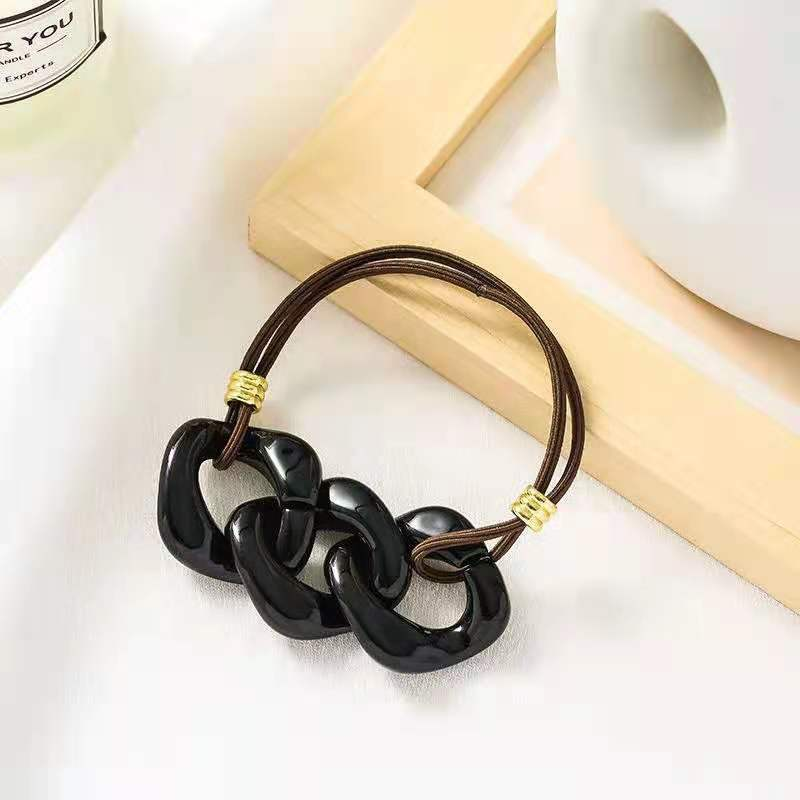 Simple Chain Hair Tie for Everyday Use