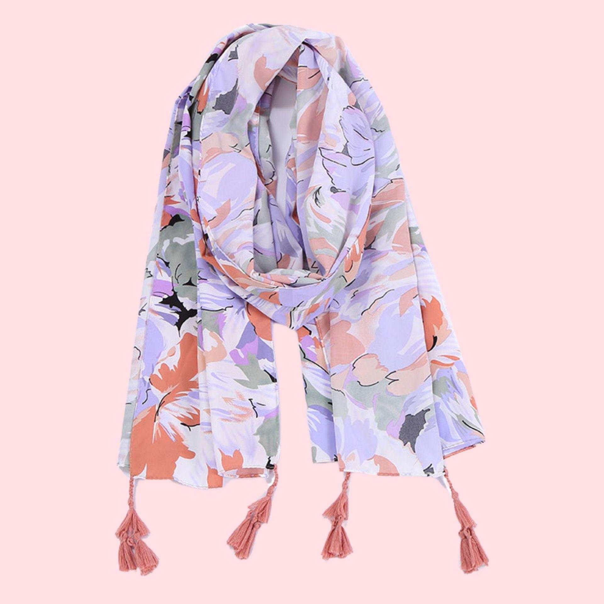Vibrant and Stylish Scarf for Autumn Season Outdoor Fashion