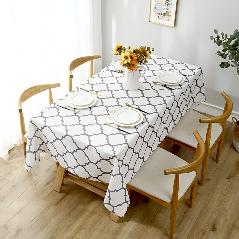 Delightful Two-Toned Quatrefoil Pattern Tablecloth for Guest Houses