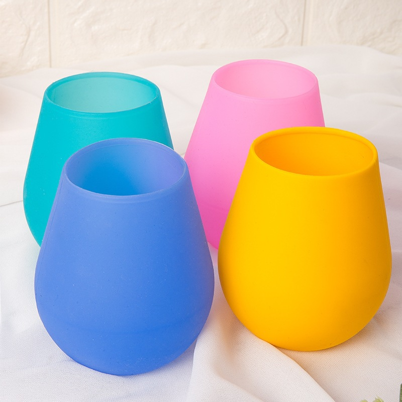 Radiant Solid-Colored Silicone Wine Glass in Various Colors for Children's Birthday Parties