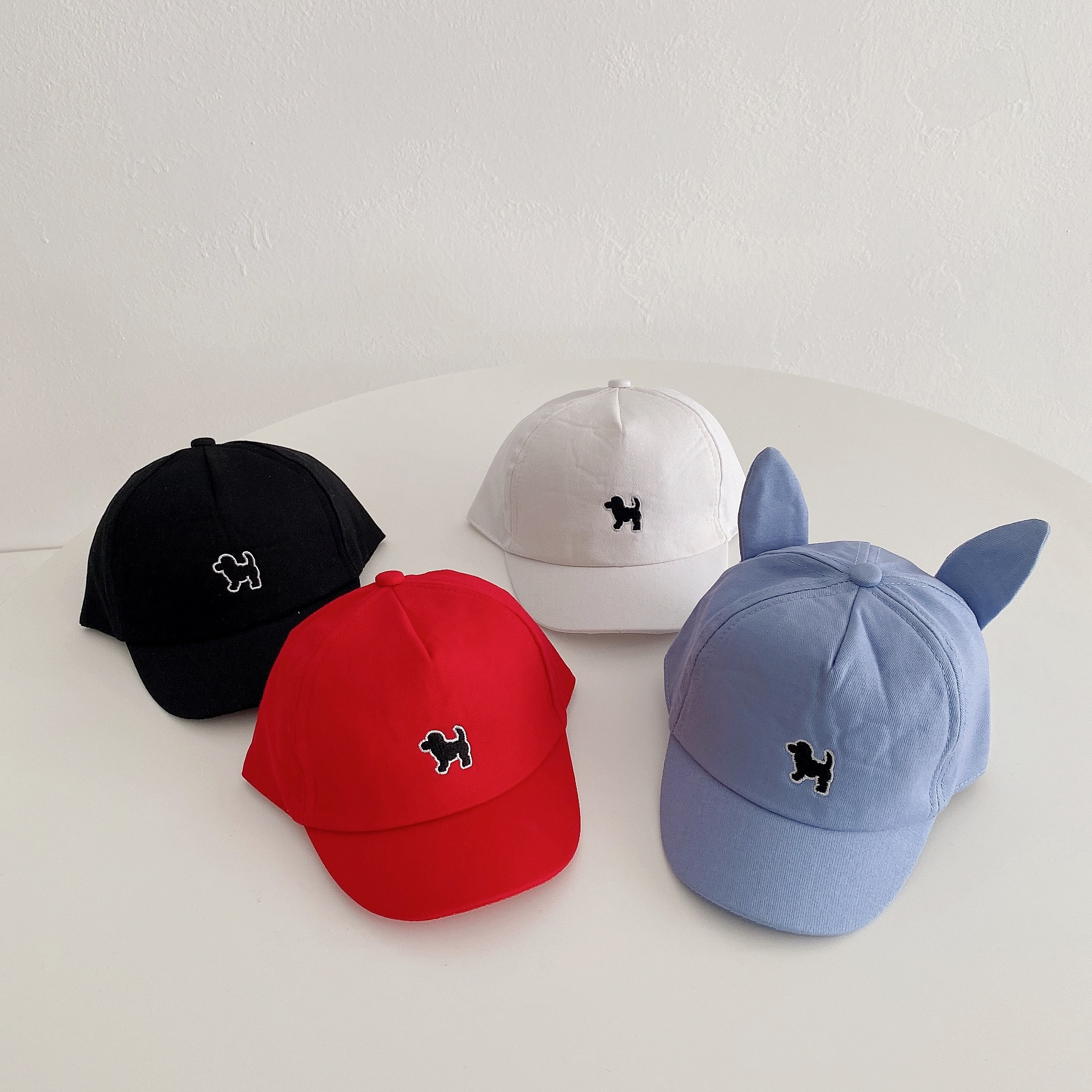 Basic Cap with Mini Dog Design for Daily Wear