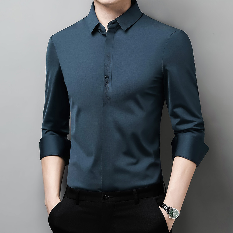 Simple and  Loose Button-Up  for Men