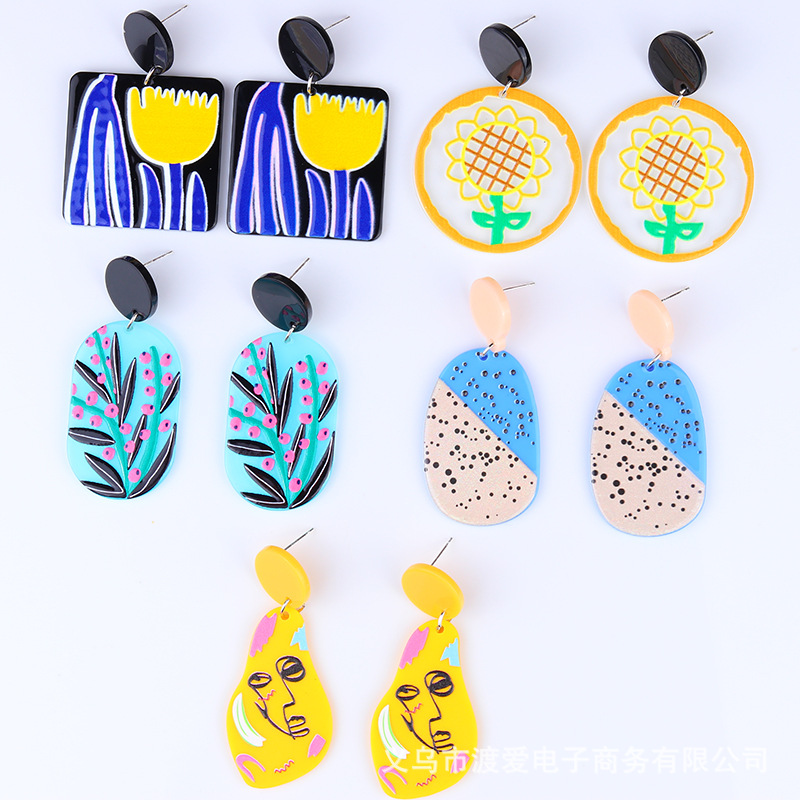 Aesthetic Acrylic Earrings for Creative Photoshoots