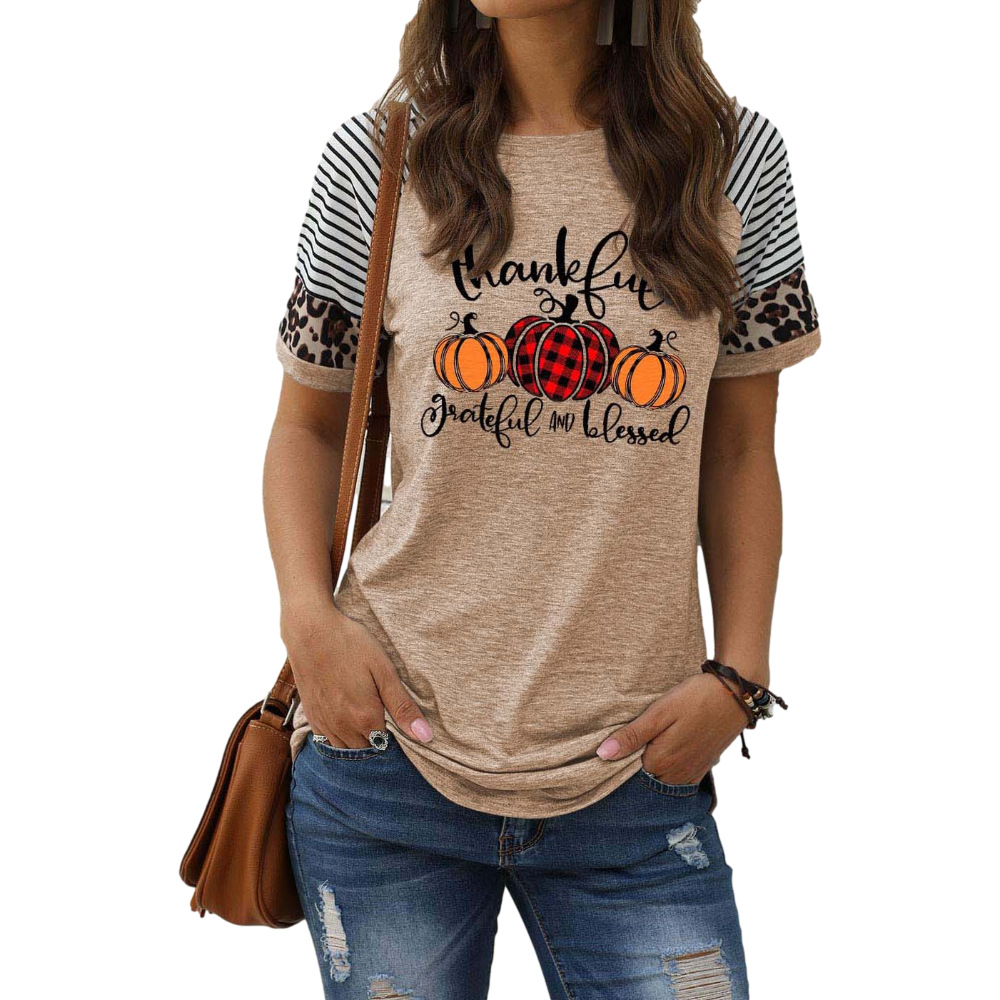 """Festive """"Thankful, Grateful and Blessed"""" Short-Sleeved Top for Thanksgiving Parties"""