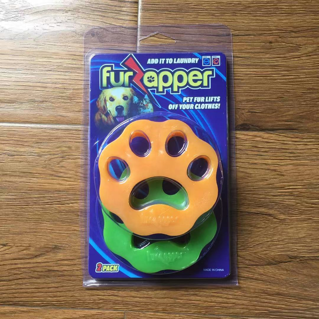 Convenient Paw-Shaped Sticky Ornaments for Removing Pets Hair on Clothes