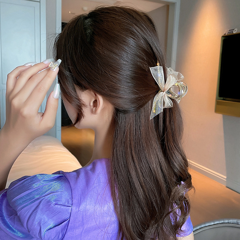 Stunning Mesh Bow Knot Hair Clip for Pairing-Up With Elegant Dress