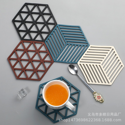 Beautiful Geometric Cup Mat for Tea Parties