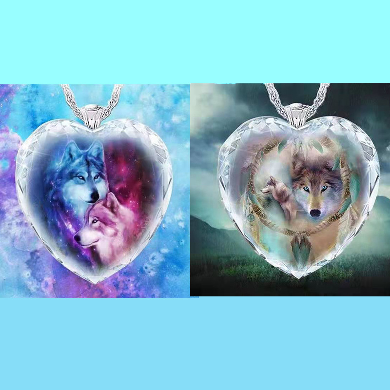 Plastic Heart-Shaped Crystal Necklace with Wolf Print for Wolf Enthusiast Gift