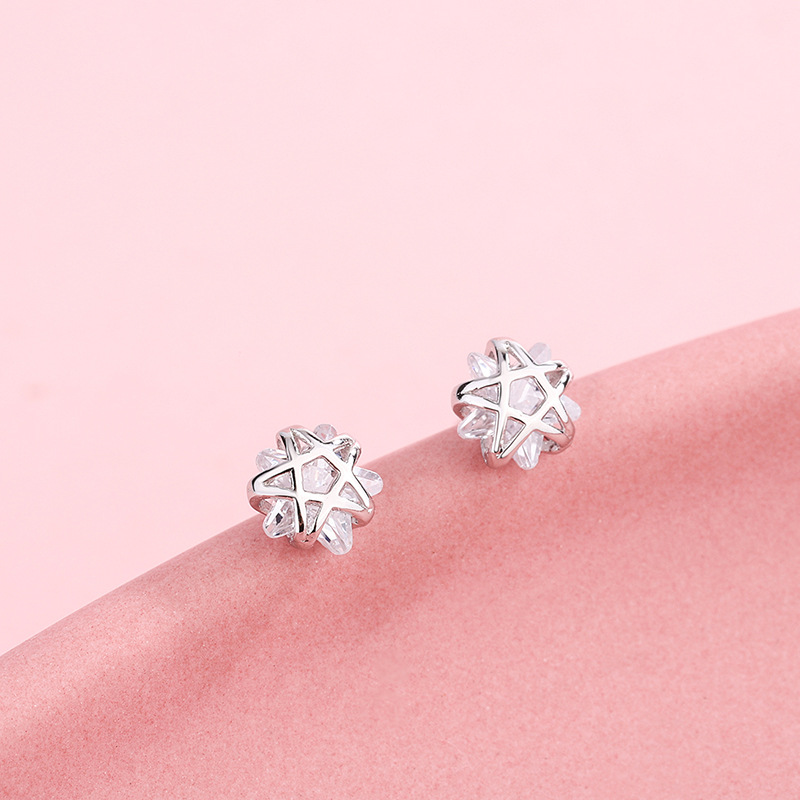 Attractive Star Earrings for Wearing with Casual Office Attire