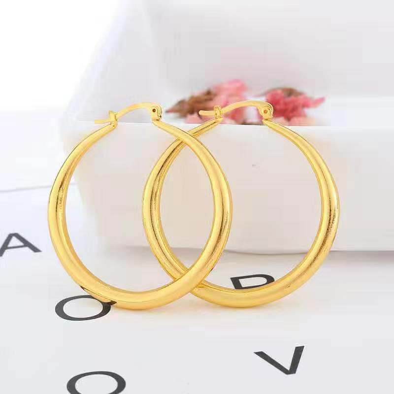 Trendsetting Hoop Earrings for Matching Fashionable Outfits