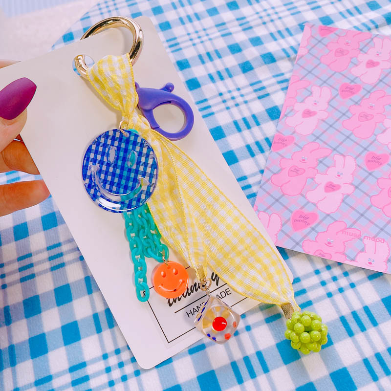Cheerful Smiley Plaid Pattern Keychain for Bag Attachment