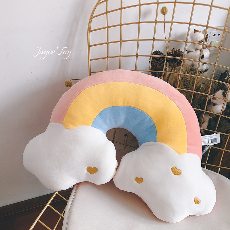 Super Soft Shaped Pillows for Long Car Rides