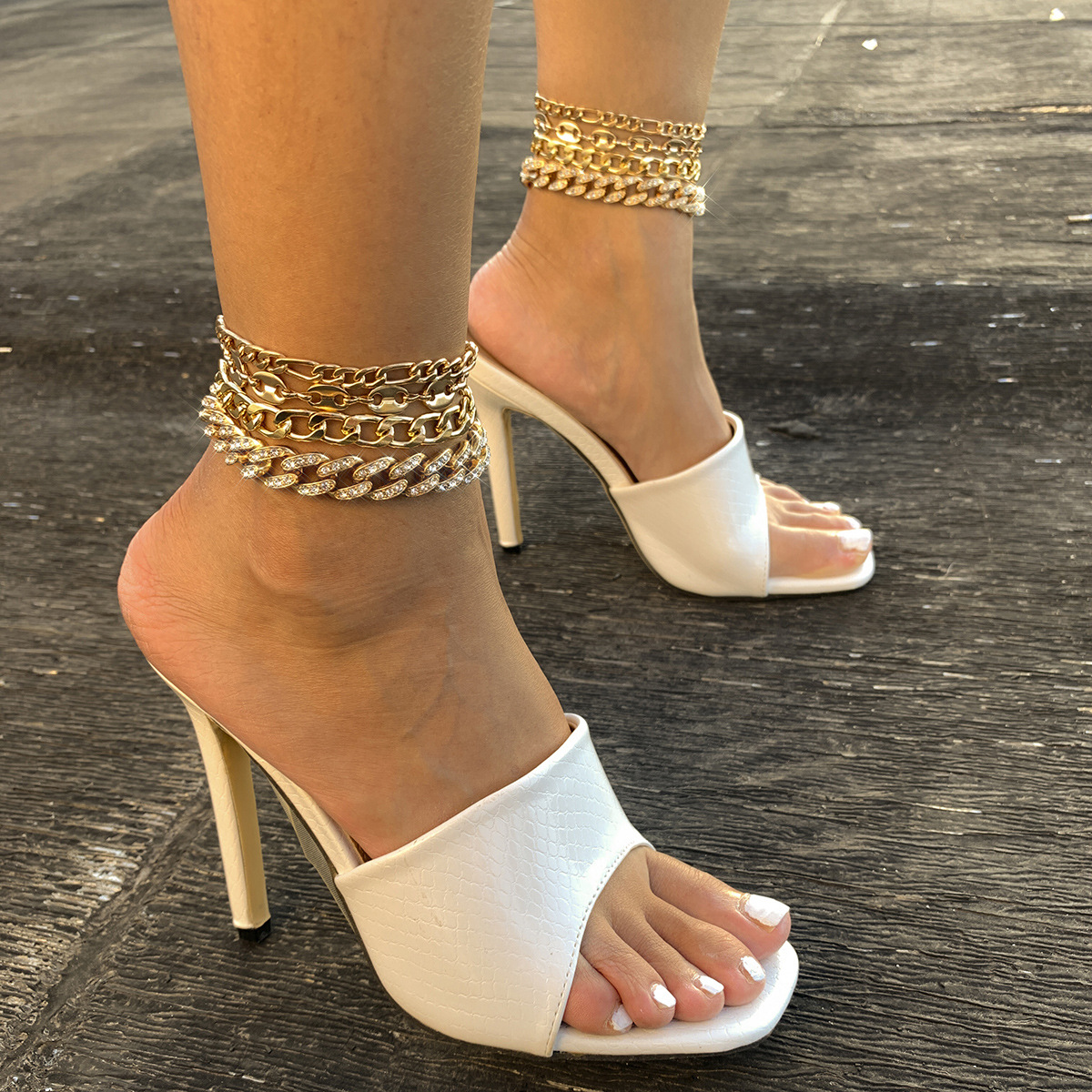 Stylish Cuban Buckle, Rhinestones, and Iron Anklet Set for Parties