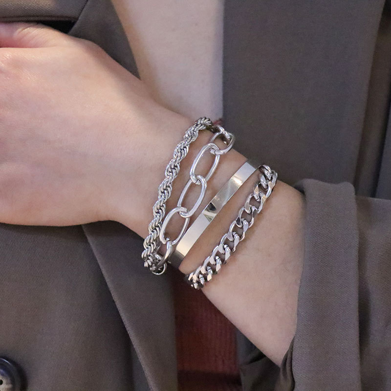 Cool and Stylish 4 Piece/ Set Bracelet for Nicer Getup