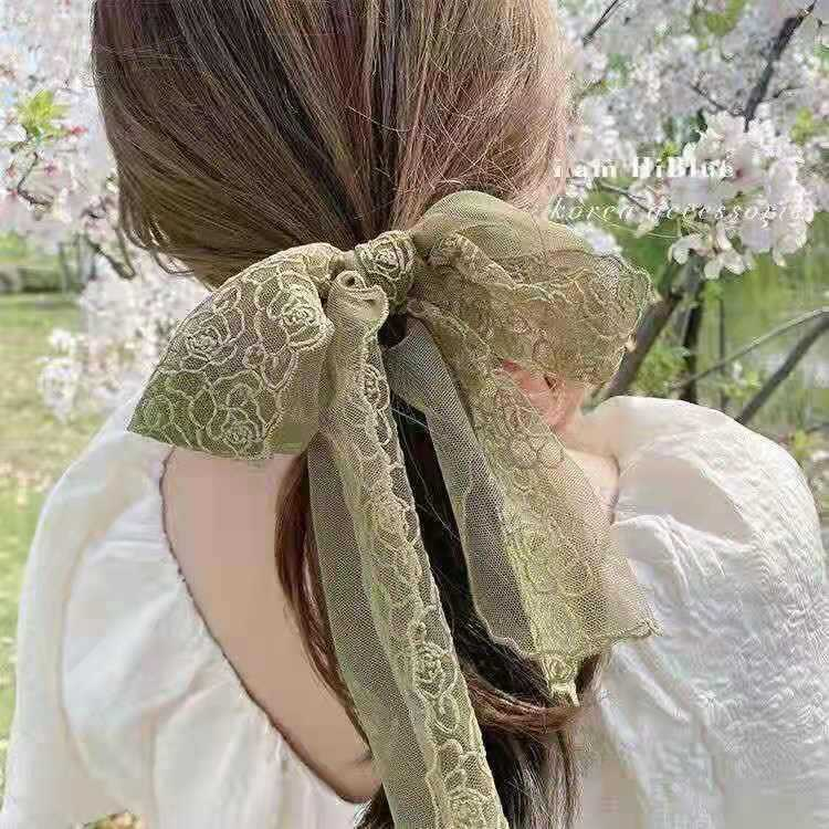 Attractive Lace-Like Hair Tie for Lovely Looks