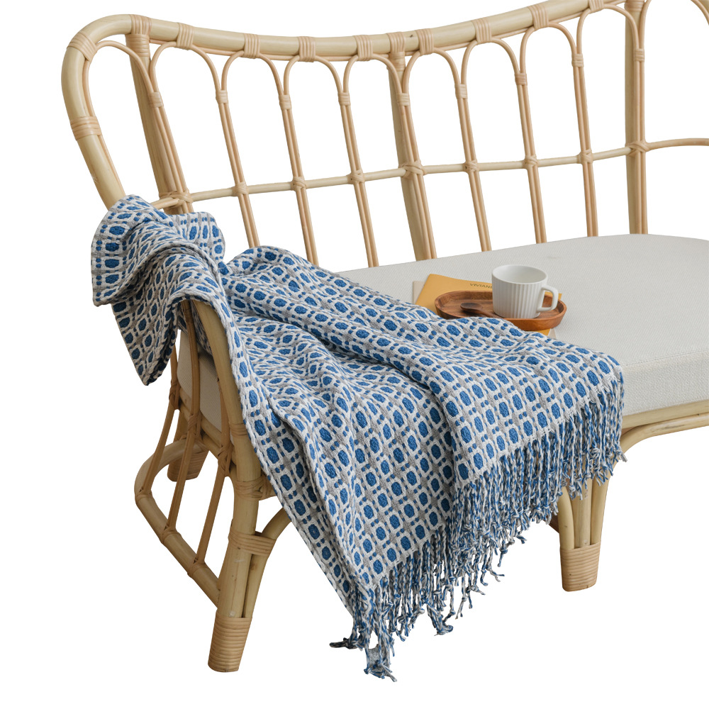 Cozy Geometric Pattern Woven Fringe Blanket for Nordic Style Home